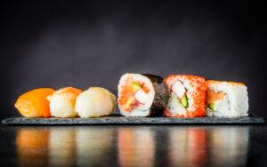 lav lækker sushi på et sushikursus